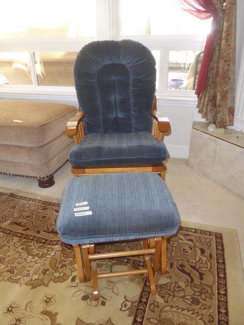 Lot # 100 - 'Best Chairs, Inc. The County Line' Glide Rocker & Ottoman (main image)