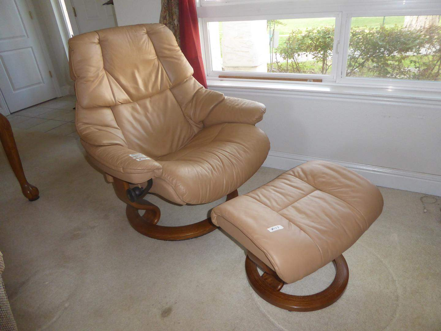 Lot # 108 - Quality 'Ekornes' Stressless Beige Leather Swivel Recliner & Ottoman (main image)