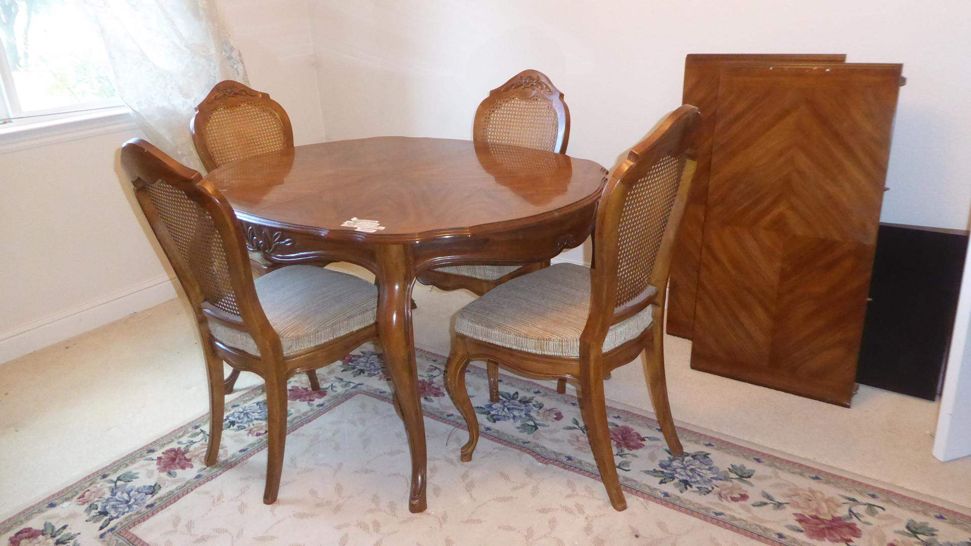 "Lot # 130 - Vintage 'Drexel Heritage' French Provincial Style ""Cabernet"" Dining Table w/Two Leaves & Four Cane Back Chairs (main image)"