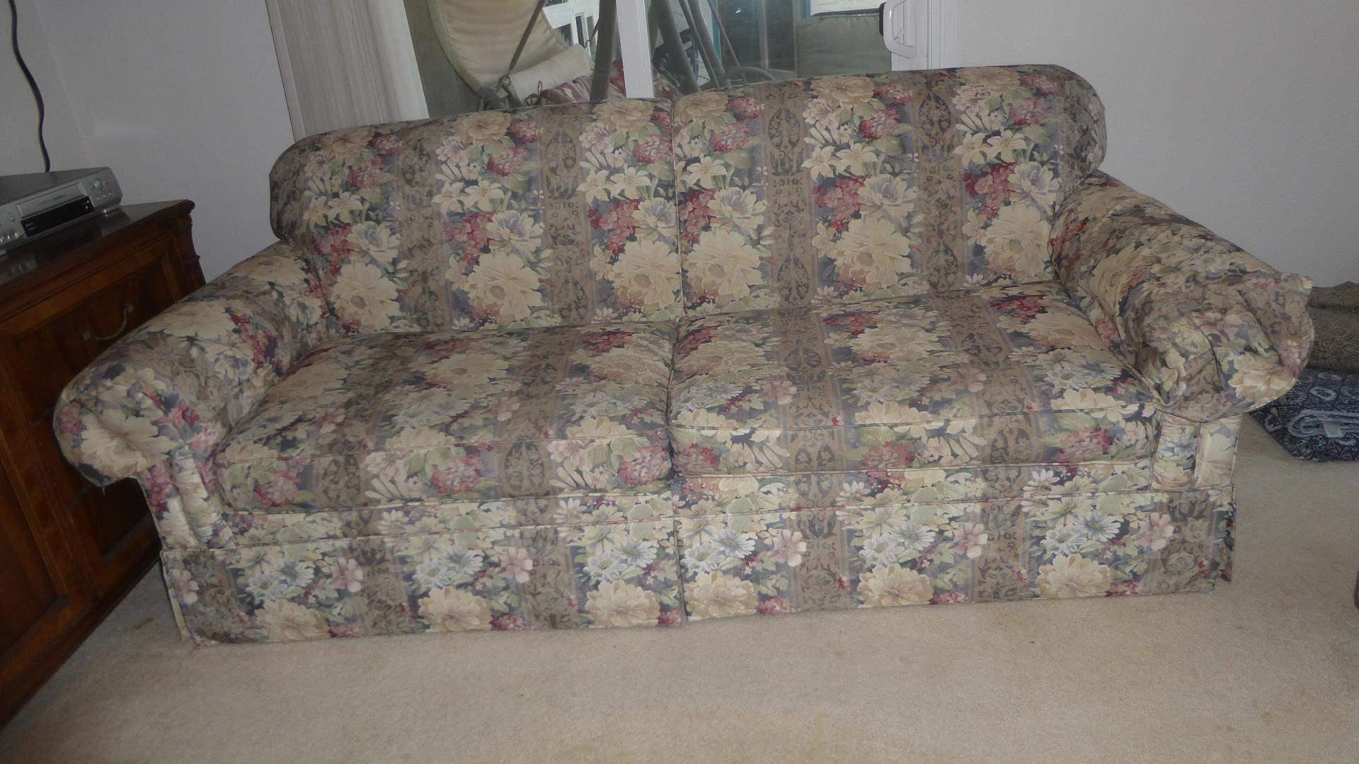 Lot # 163 - La-Z-Boy Floral Sofa (main image)