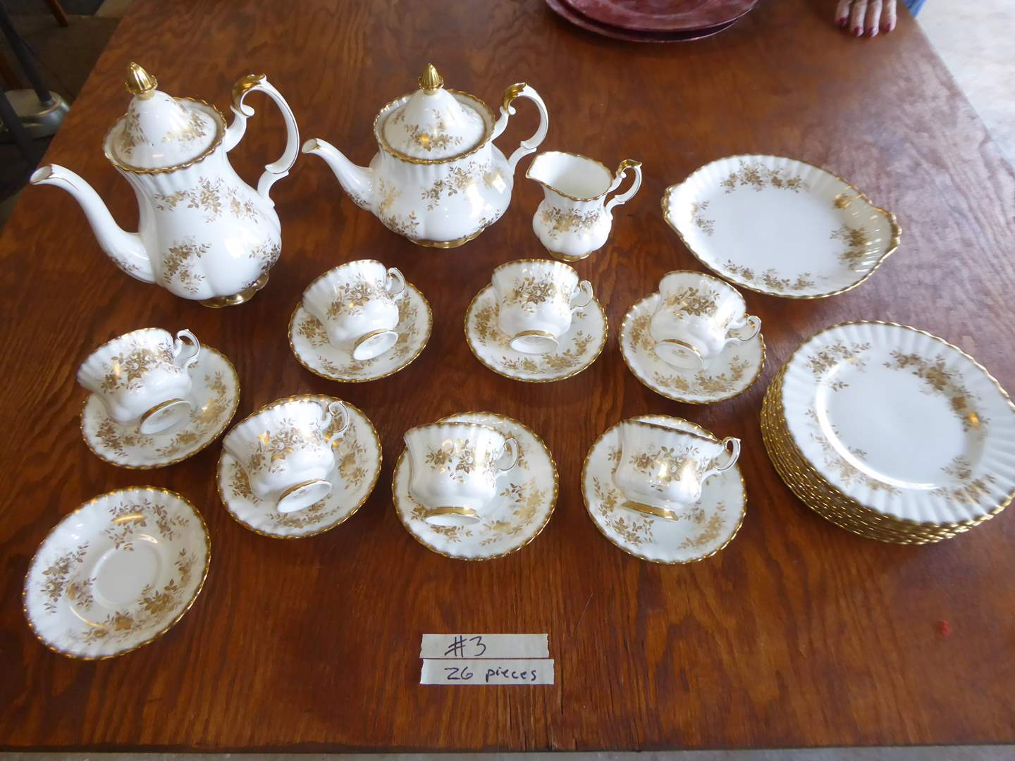 "Lot # 3 - Royal Albert Bone China ""Antoinette"" (26 Pcs) (main image)"