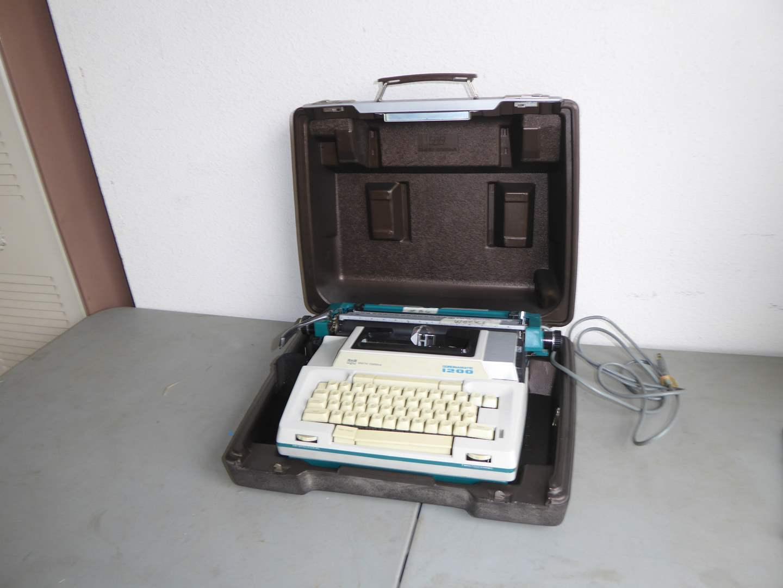 """Lot # 89 - Smith Corona """"Coronamatic 1200"""" Typewriter (Works)  (main image)"""