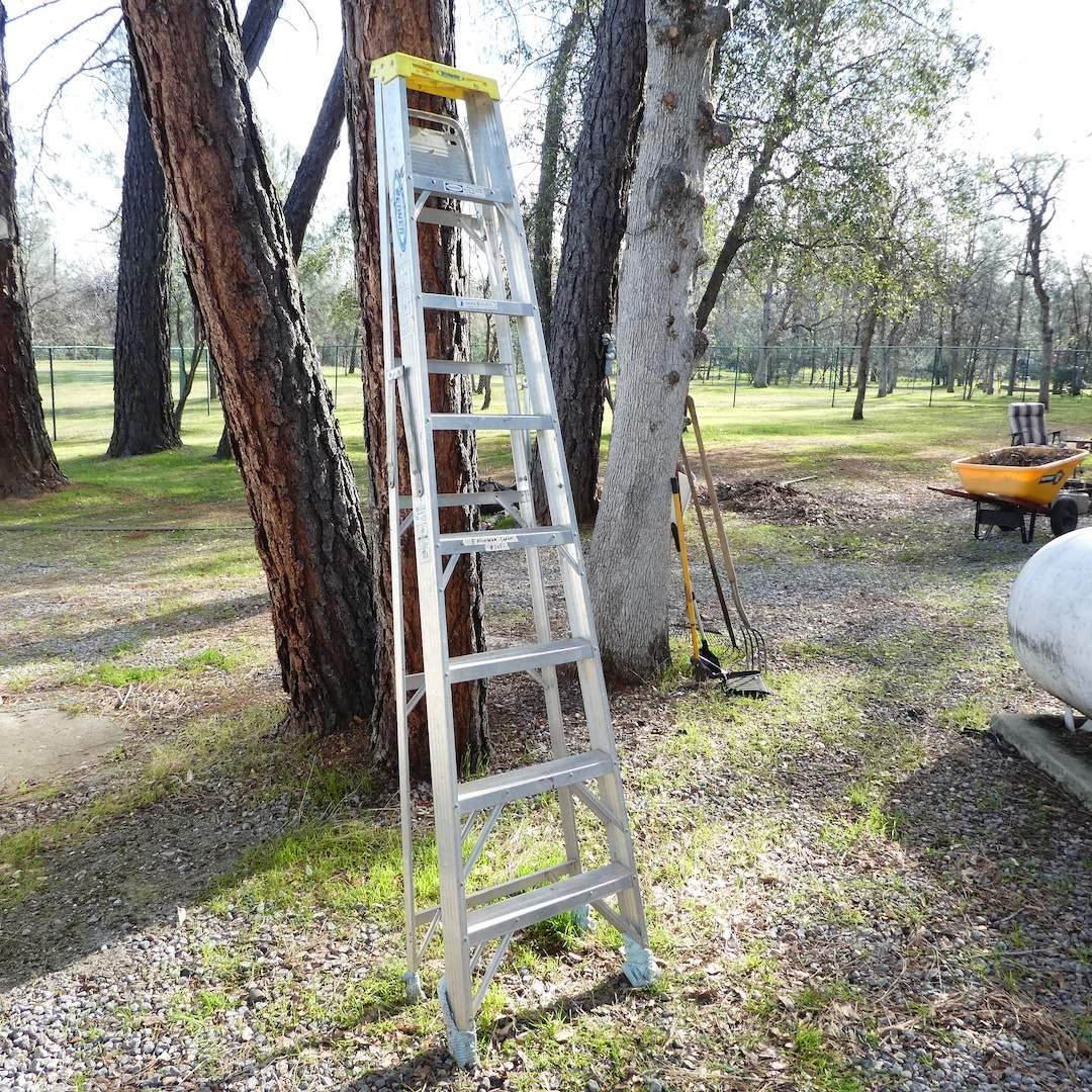 Lot # 305 - 8 FT Aluminum Werner Ladder (main image)