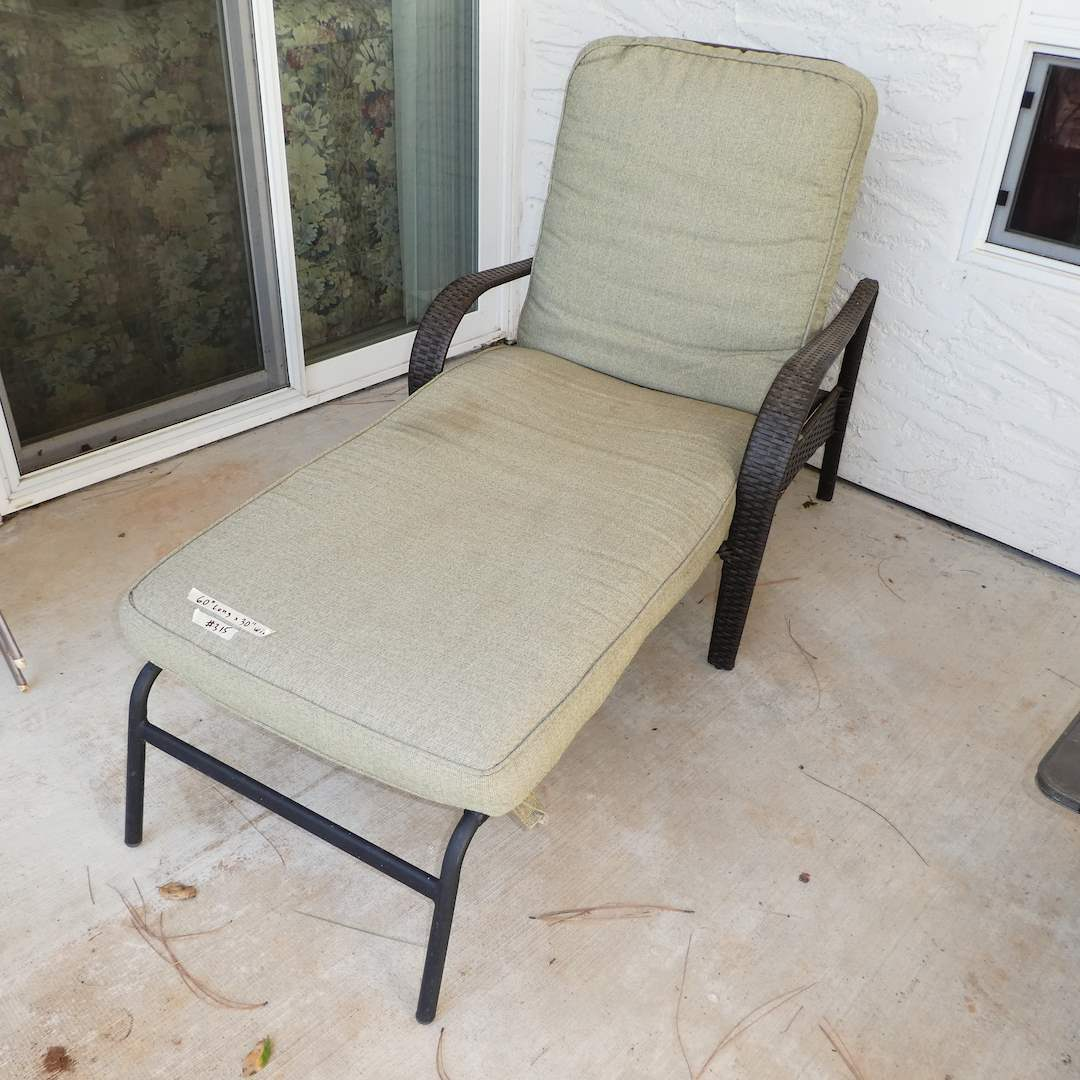 Lot # 315 - Nice Outdoor Cushioned Lounge Chair (Adjustable) (main image)