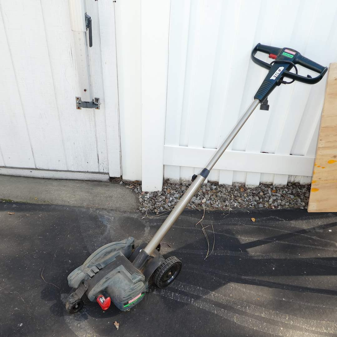 Lot # 328 - Craftsman 12 amp Edger (Works) (main image)