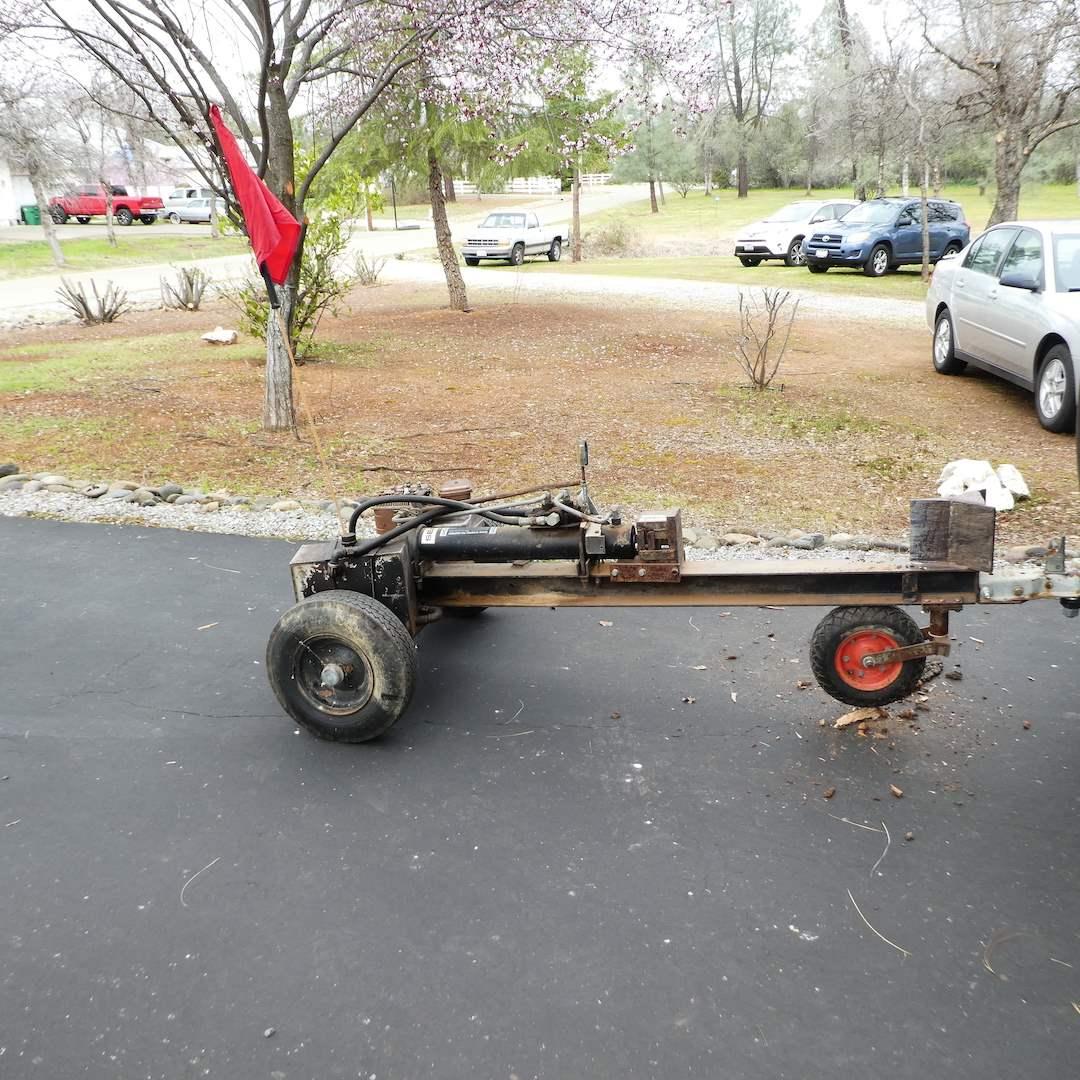 Lot # 394 - Sears Wood Splitter Model 498 286692 (Works) (main image)