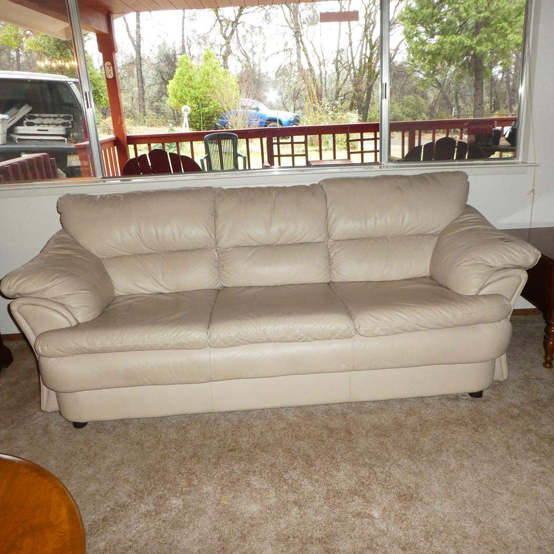 Lot # 103 - Quality Cream Colored Leather Sofa - Good Condition (main image)