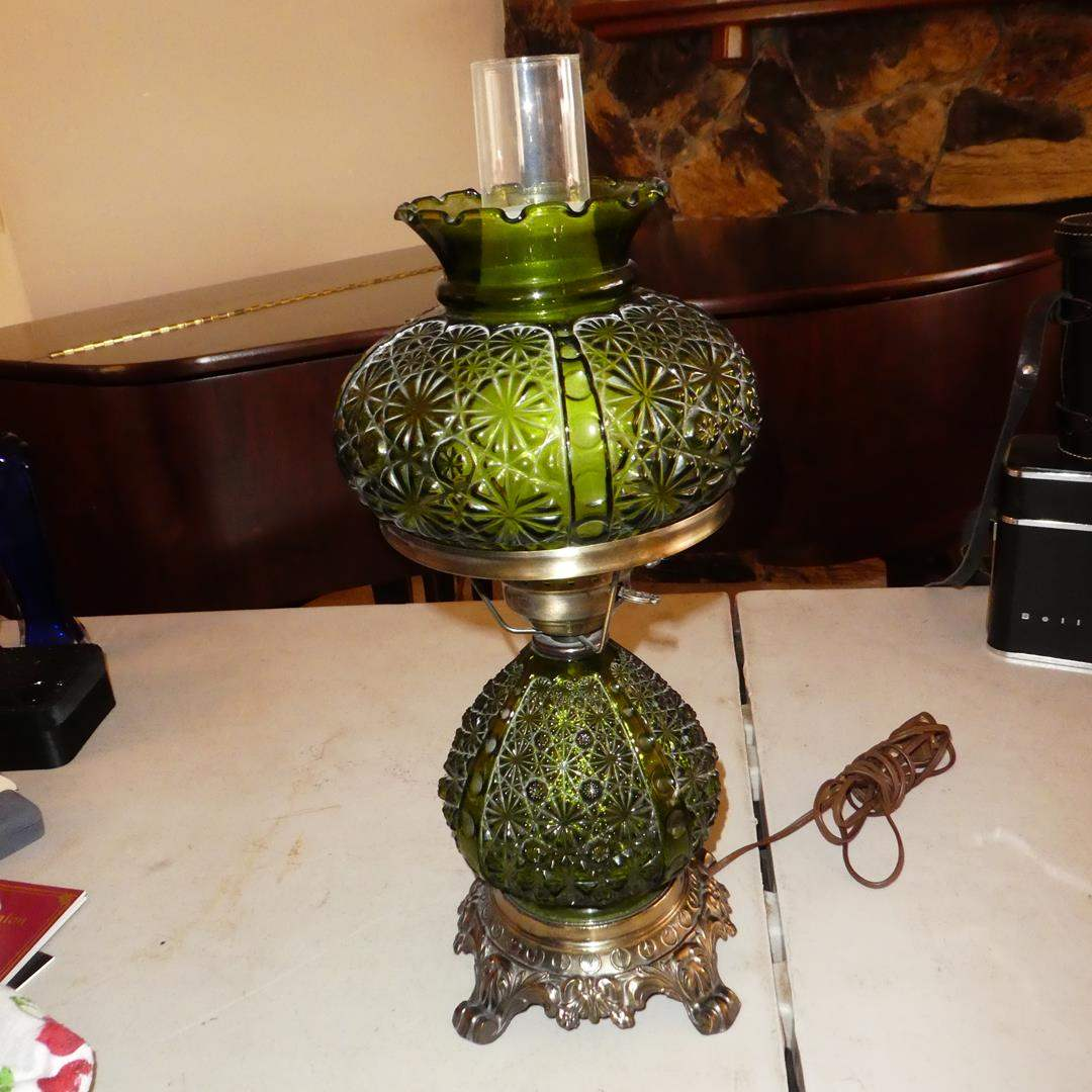 Lot # 131 - Vintage Fenton Green Glass Moon & Stars 3-Way Hurricane Electric Table Lamp (main image)