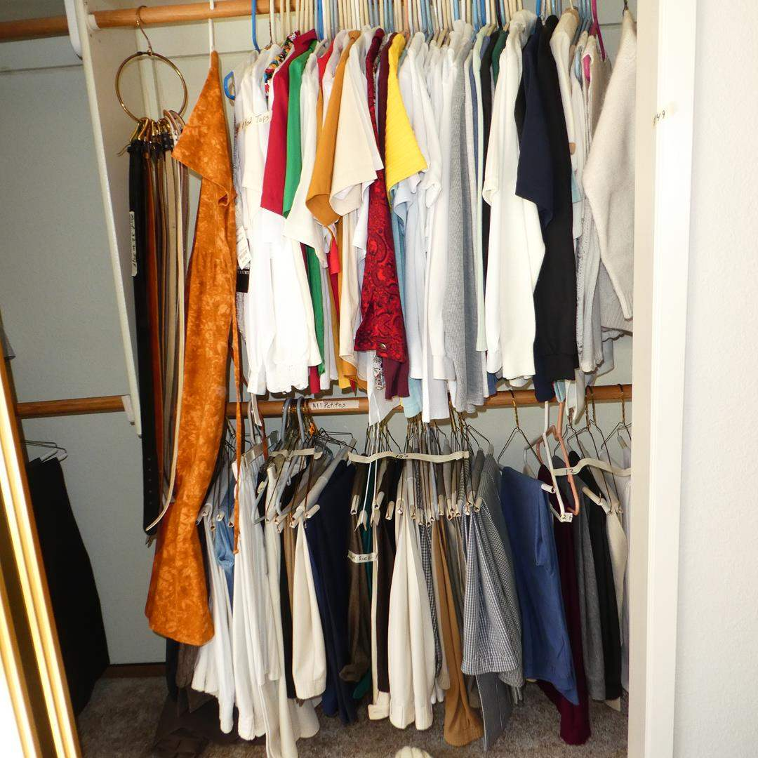 Lot # 149 - Ladies Tops & Pants - See pics for sizes (main image)