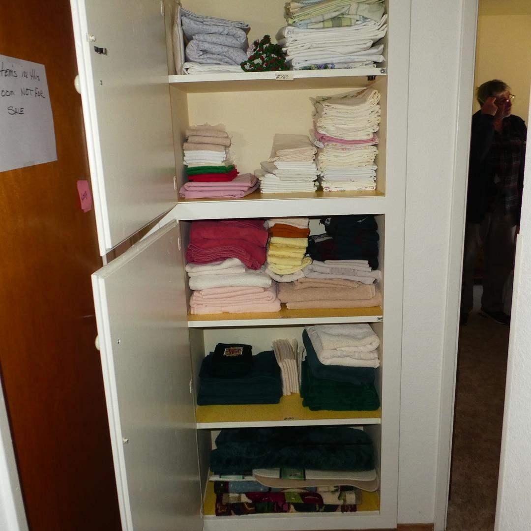Lot # 160 - Bed Ruffles, Sheets & Towels (main image)
