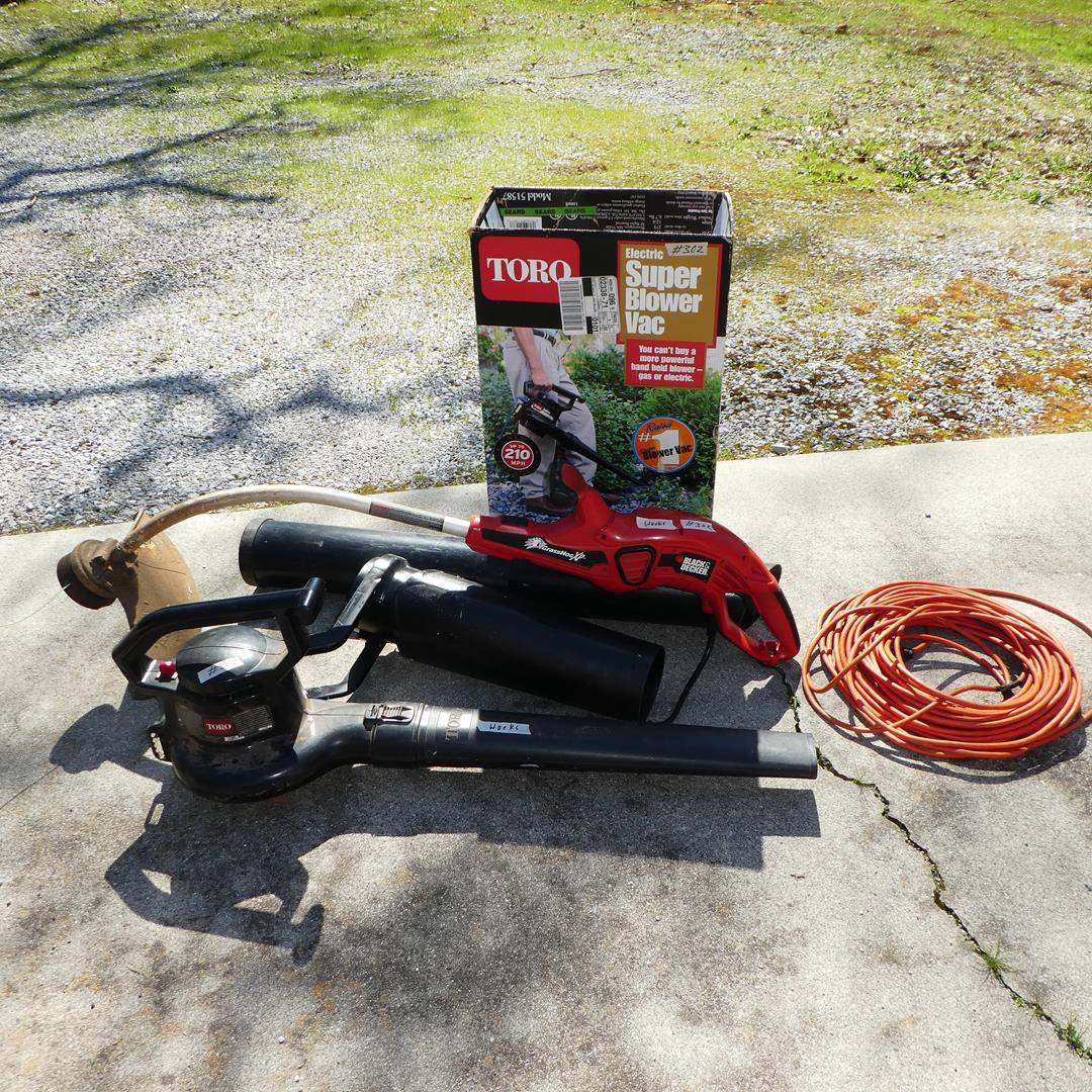 Lot # 302 - Toro Electric Super Blower Vac & Electric Black & Decker String Trimmer (main image)