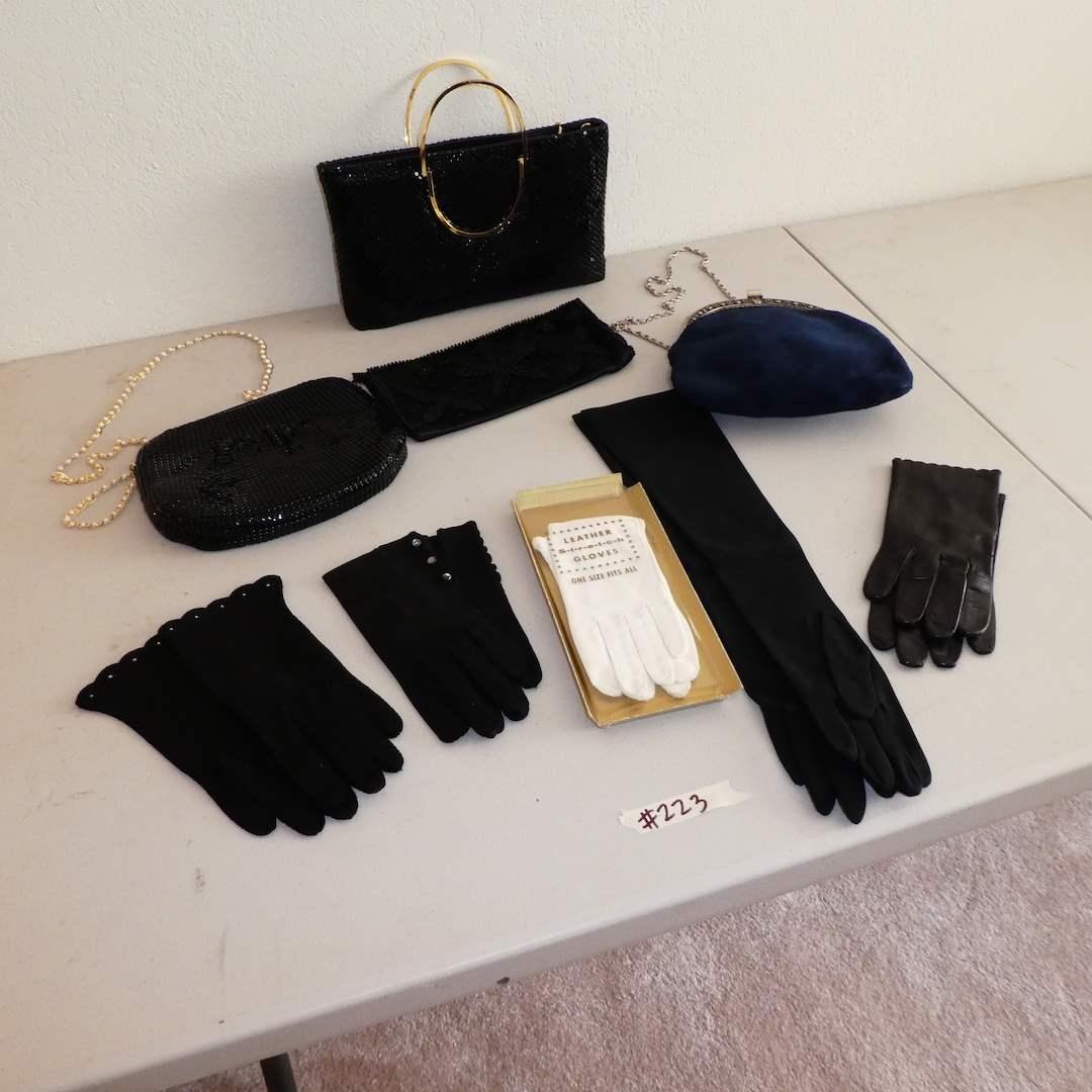 Lot # 223 - Adorable Vintage Ladies Purse and Glove Lot  (main image)