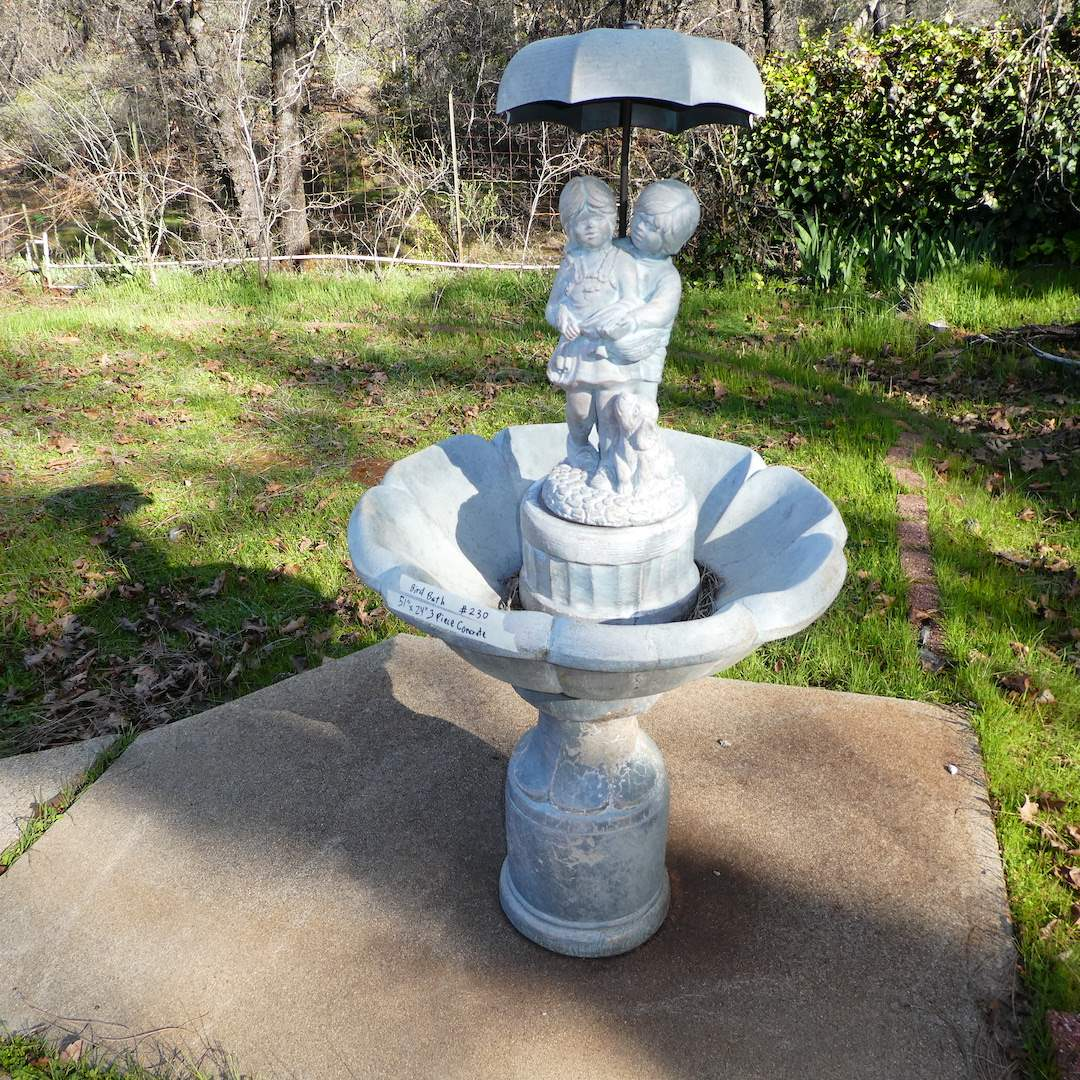 """Lot # 230 - Classic """"April Showers"""" Fountain/ Bird Bath (piped) (main image)"""