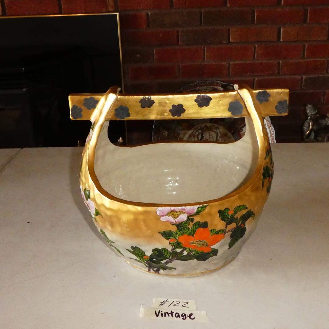Lot # 122 - Large Heavily Potted Vintage KUTANI Japanese Hand Painted Ceramic Gold Gilt Pottery Wishing Well (main image)