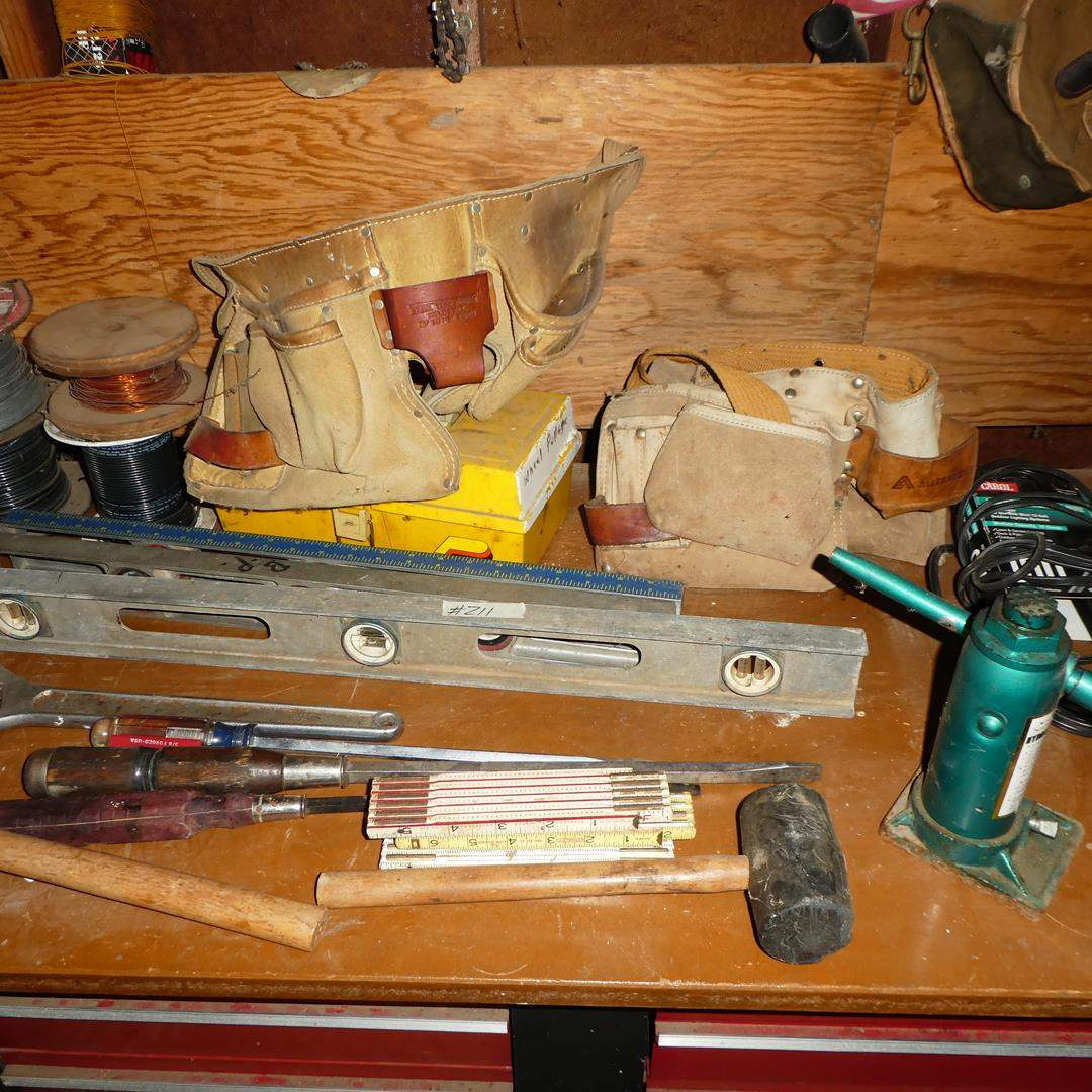 Lot # 211 - Wire, Levels, Hydraulic Jack & Tool Belts (main image)