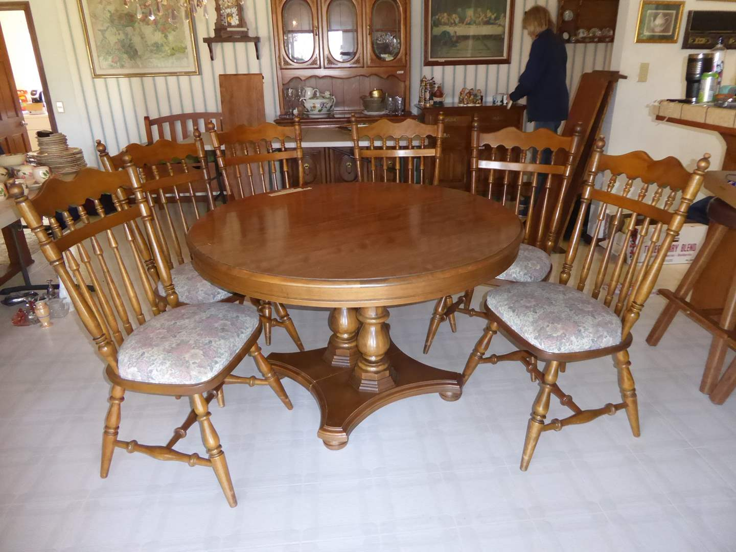 Lot # 22 - Cal Shops Table & Chairs + Three Leaves  (main image)