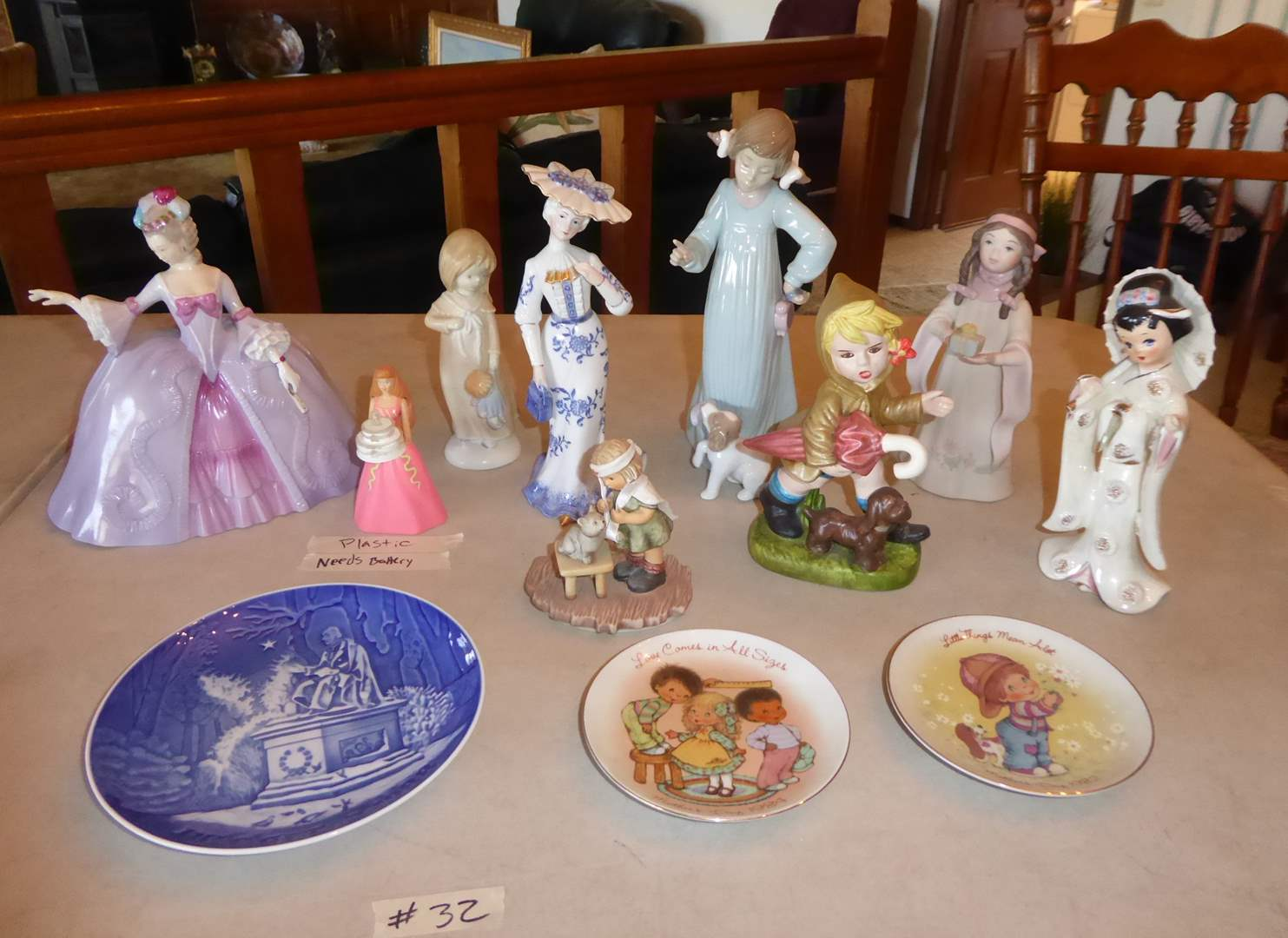 Lot # 32 - Ceramic Figurines & Collectible Plates  (main image)