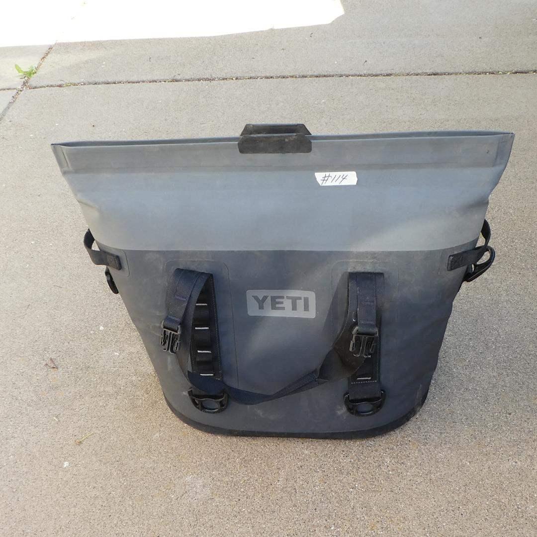 Lot # 114 - Yeti Hopper Soft Cooler Bag (main image)