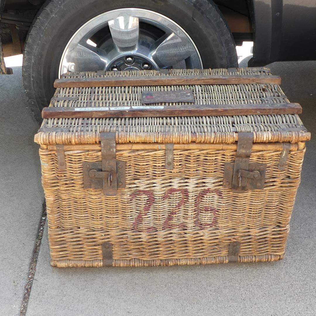 Lot # 135 - Large Antique Canadian Pacific Railways Wicker Trunk (main image)