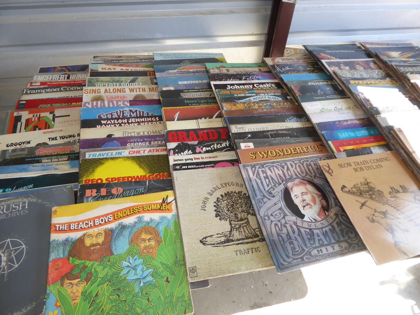 Lot # 2 - Lot Of 100 Records  (main image)