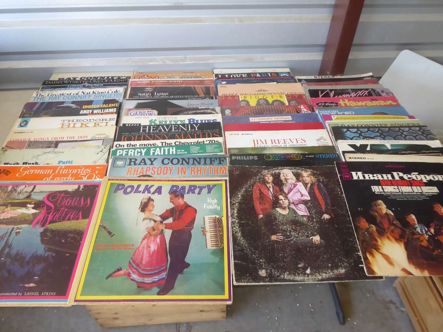Lot # 12 -  Lot Of 100 Records  (main image)