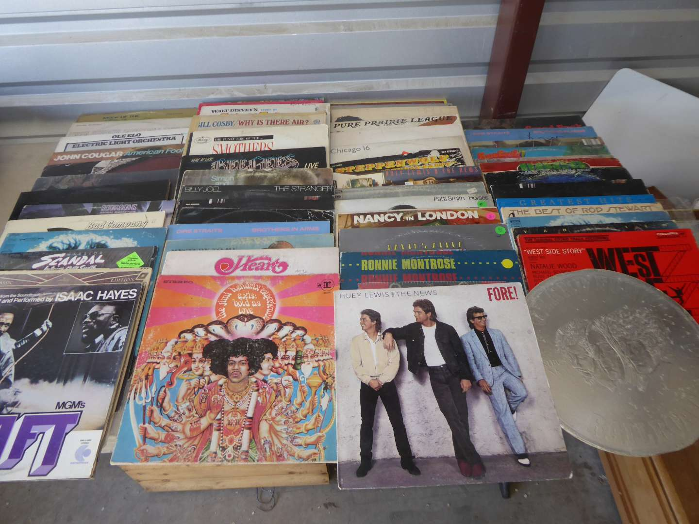 Lot # 14 - Lot Of 100 Records  (Hendrix, Heart, BeeGees & More)  (main image)