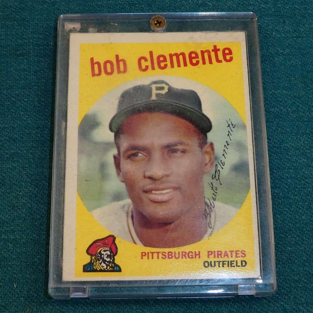 Lot # 273 - Topps #478 Roberto Clemente Baseball Card  (main image)