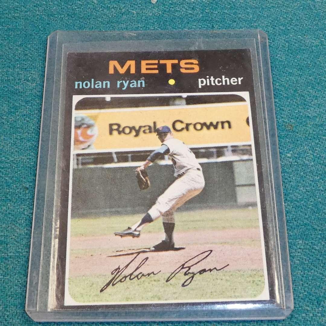 Lot # 276 - Topps  #513 Nolan Ryan Baseball Card  (main image)
