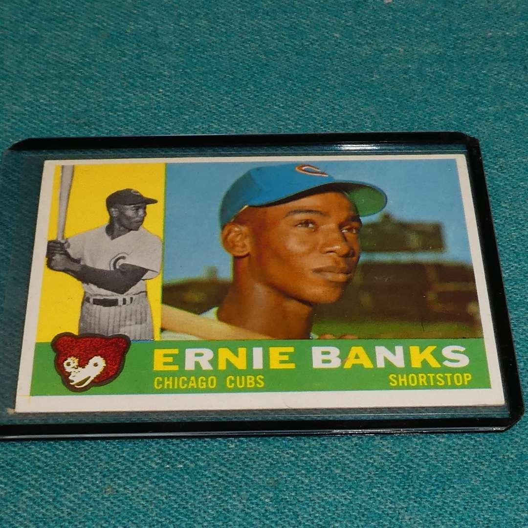 Lot # 284 - Topps #10 Ernie Banks Baseball Card (main image)