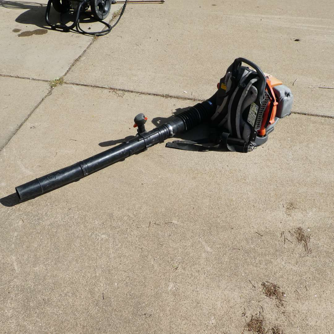 Lot # 319 - Husqvarna 350BT Backpack Blower (main image)