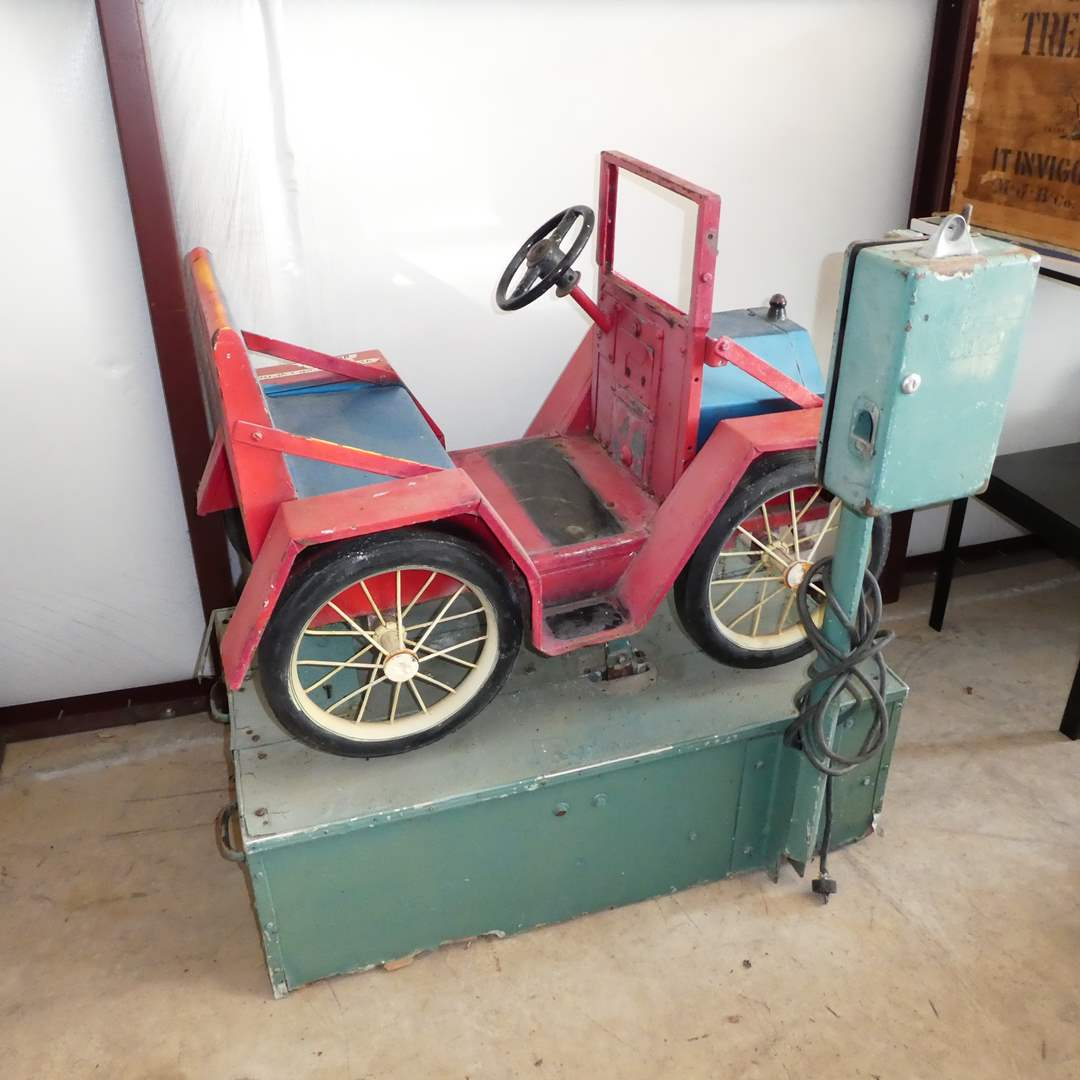 Lot # 204 - Adorable Vintage Coin Operated Kiddie Ride Car (main image)