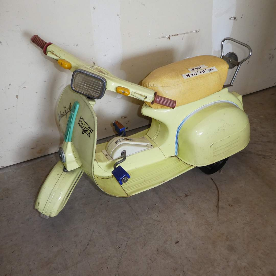 Lot # 206 - Adorable Vintage Kids Vespa Pedal Scooter (main image)