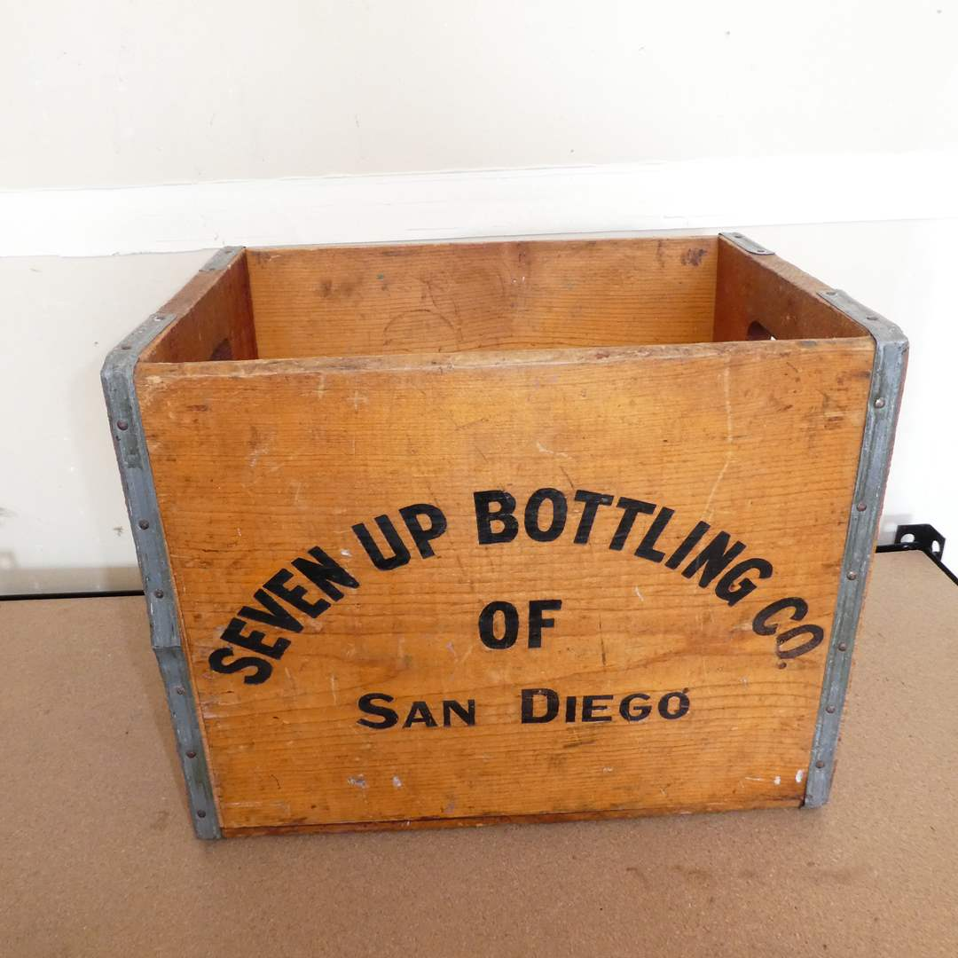 Lot # 214 - Vintage Seven Up Bottle Co. of San Diego Wooden Crate (main image)