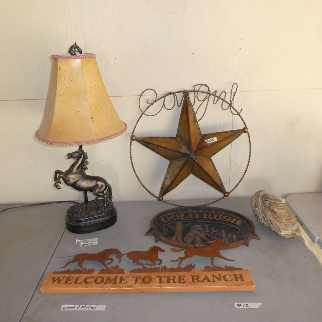 Lot # 12 - Western Decor (Lamp and Wall Hangings)