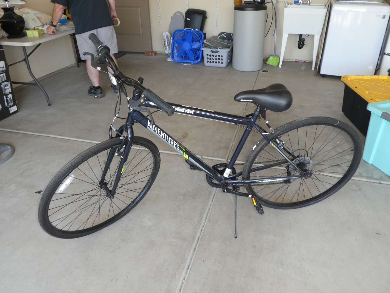Lot # 260 -  Roadmaster Adventure 700 Bicycle (7 Speed) (main image)