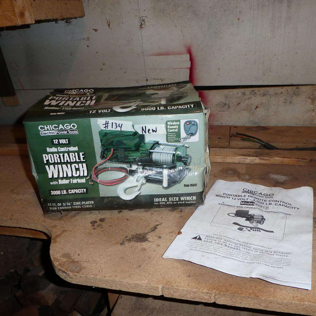 Lot # 134 - Portable Winch (NIB) For SUV, ATV or Yard Tractor (main image)