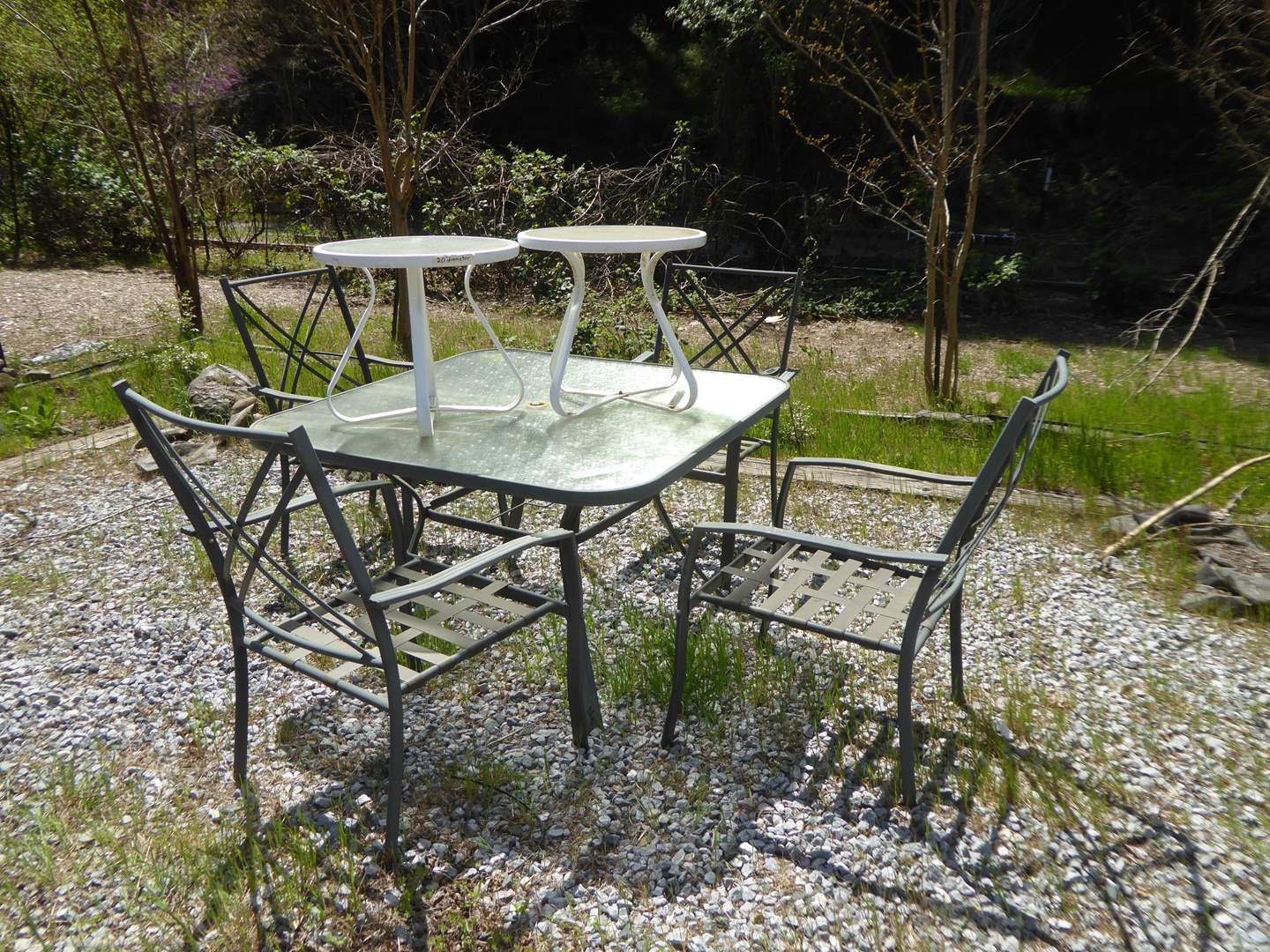 Lot # 196 - Outdoor Patio Table W/Four Chairs  (main image)