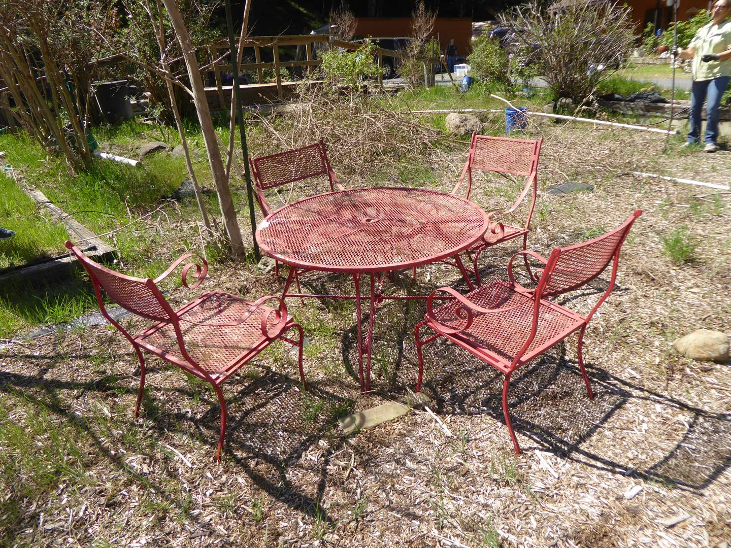 Lot # 201 - Vintage Metal Outdoor Table & Chairs  (main image)