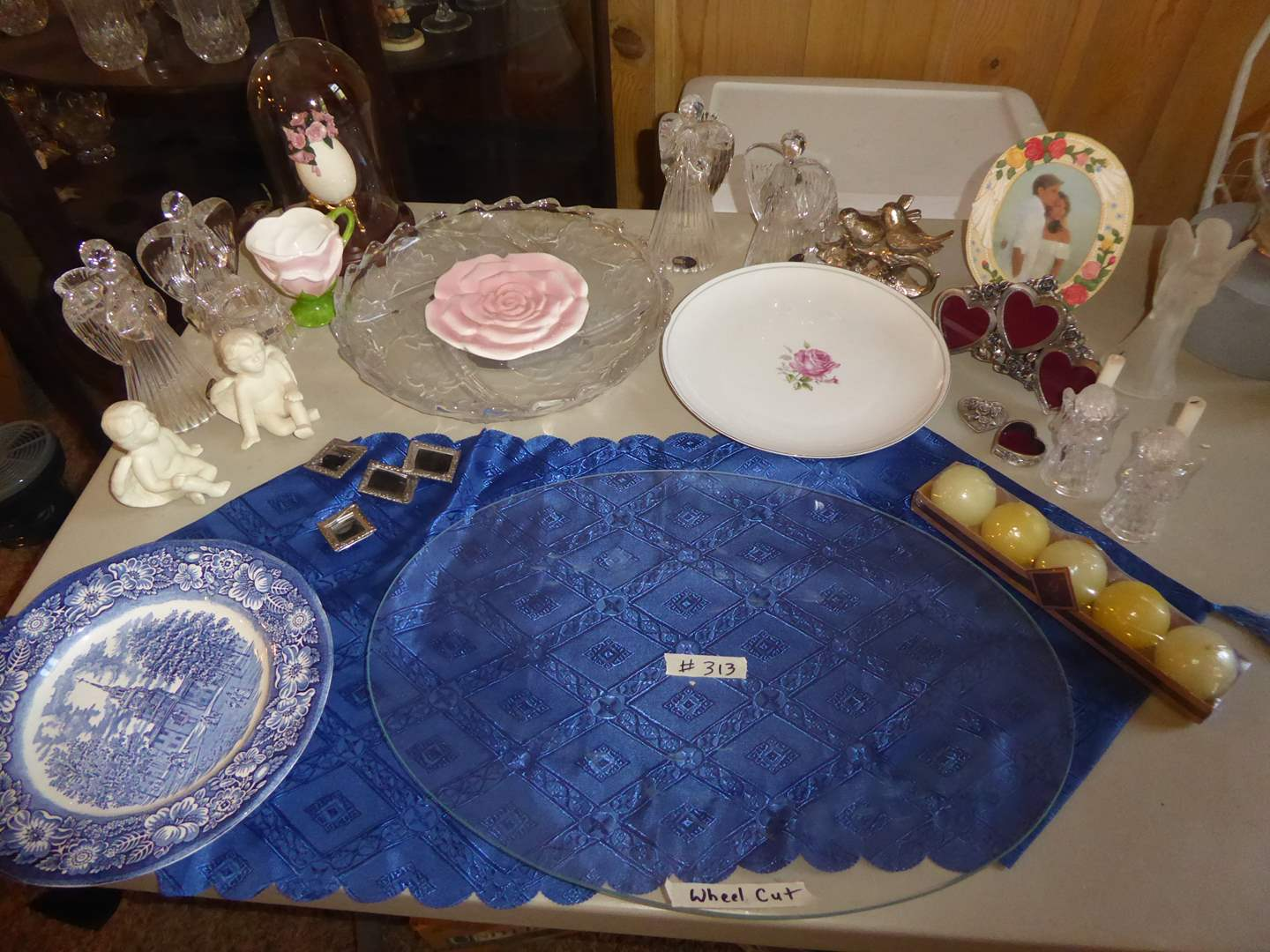 Lot # 313 - Serving Dishes, Glass Angels & Other Home Decor  (main image)