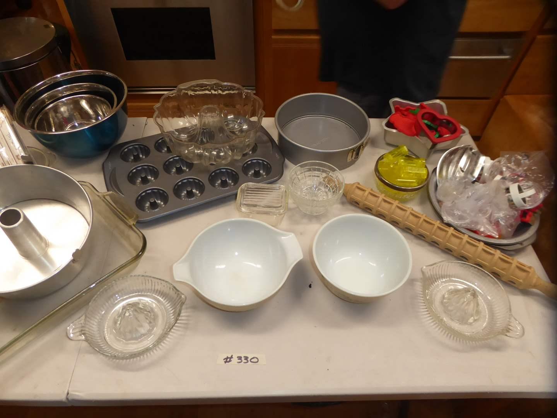 Lot # 330 - Pyrex Bowls, Aluminum Baking Pans & Glass Juicer Reamers  (main image)