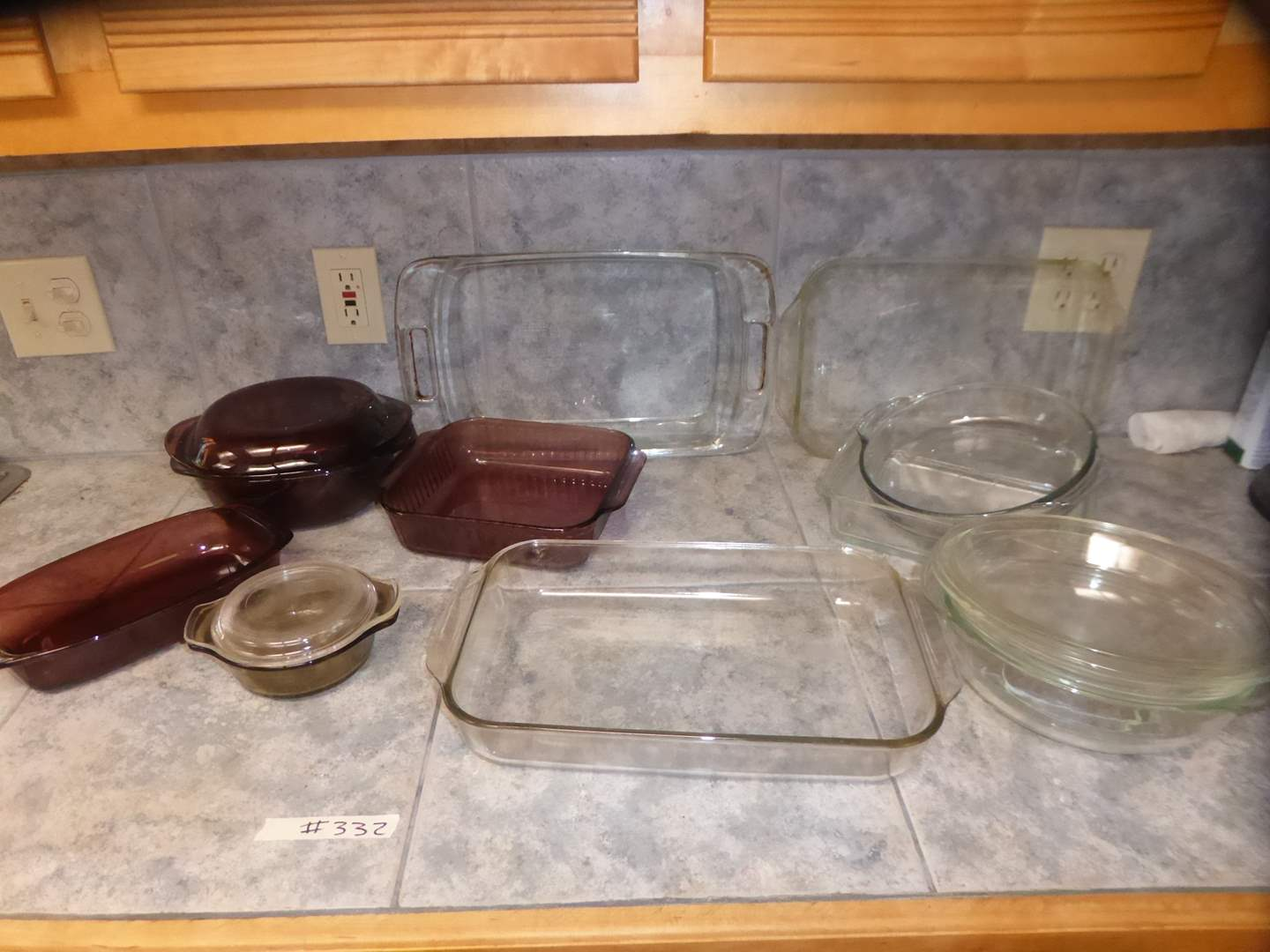 Lot # 332 - Glass Pyrex & Other Baking Dishes  (main image)