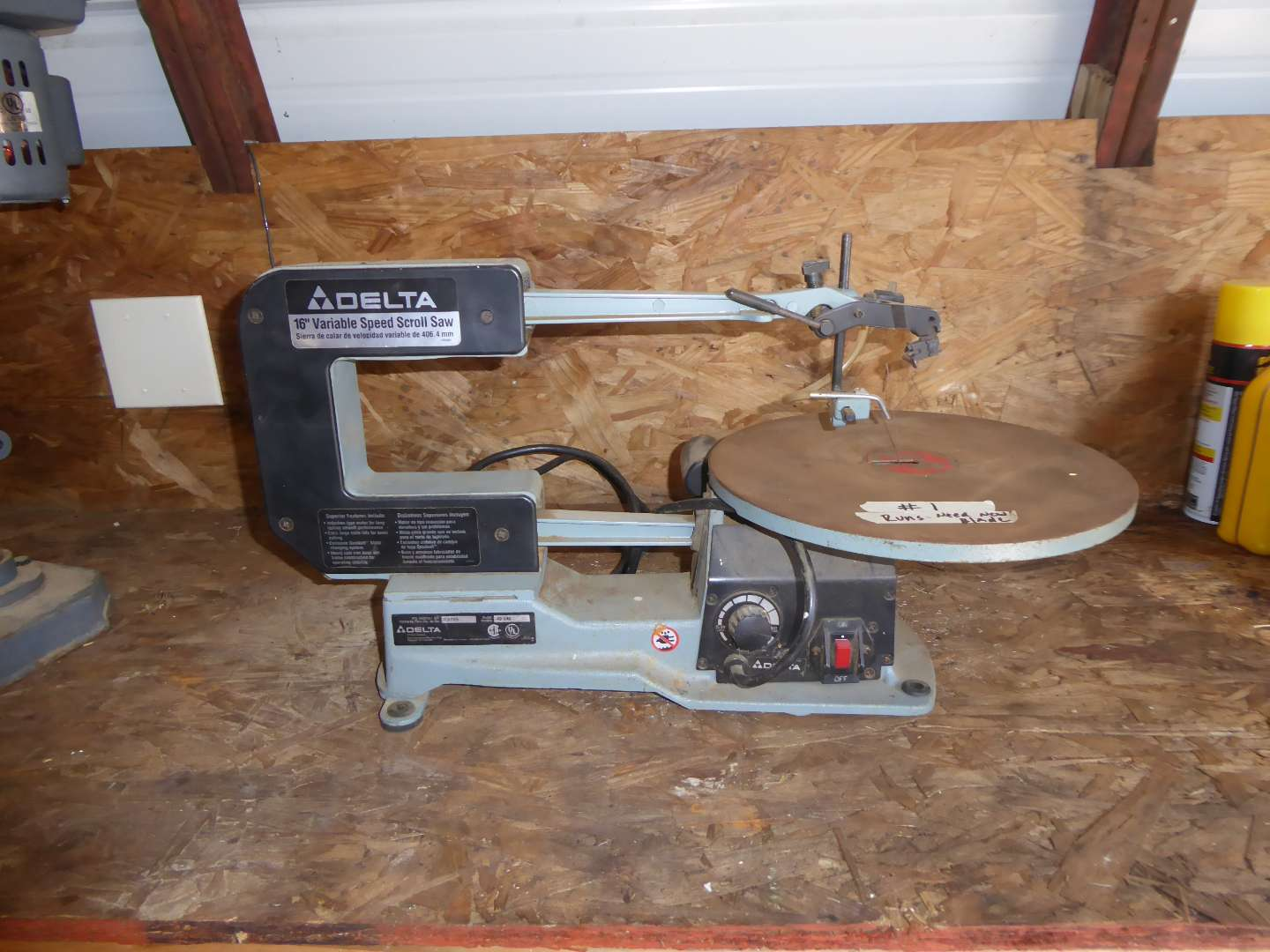 Lot # 1 - Delta Variable Speed Scroll Saw  (main image)