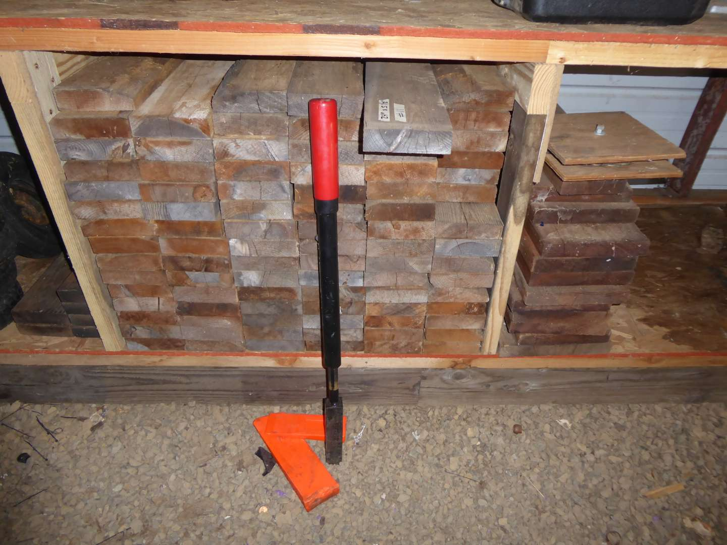 Lot # 11 - Lot Of Boards & Slide Log Splitter  (main image)