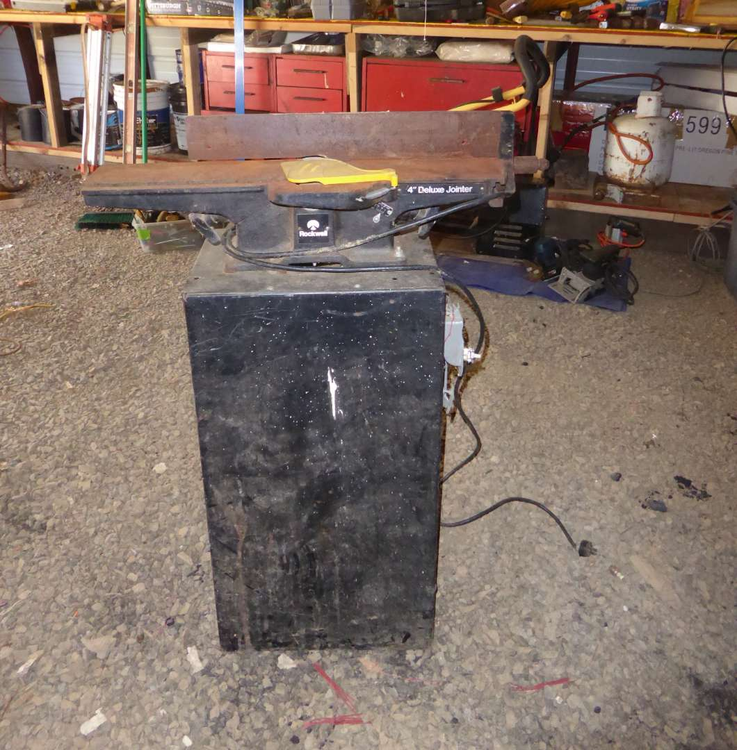 Lot # 16 - Rockwell Deluxe Jointer  (main image)