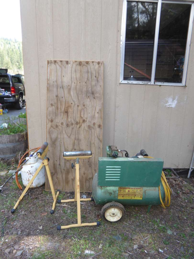 Lot # 33 - SEARS Air Compressor & Roller Stands & Board (main image)