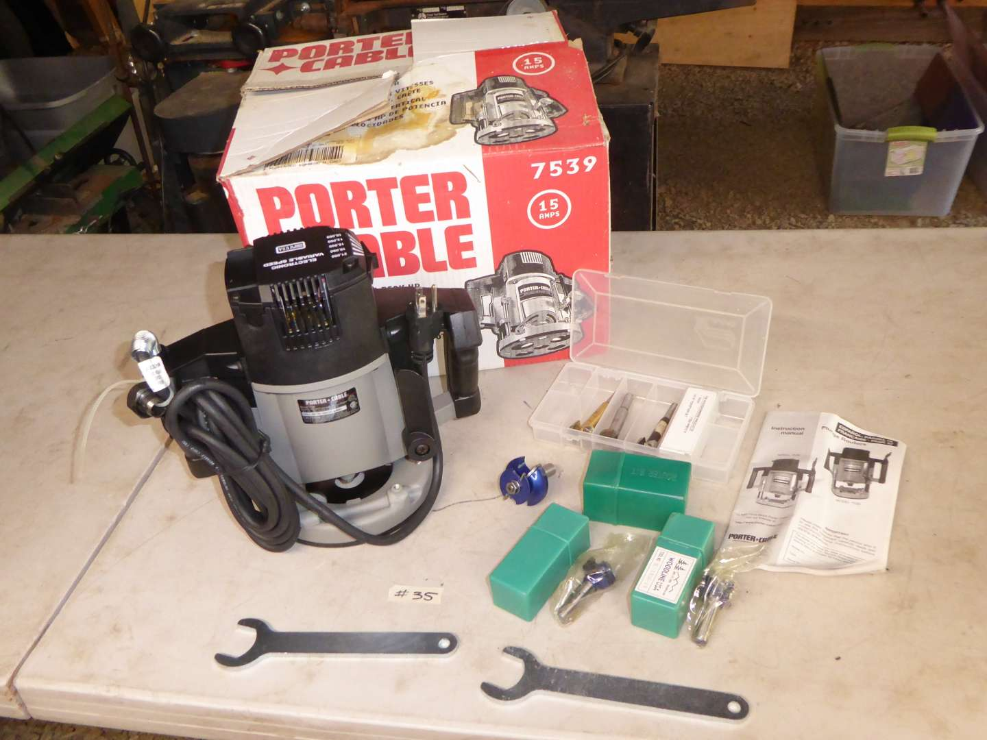 Lot # 35 - Porter Cable Plunge Router  (main image)