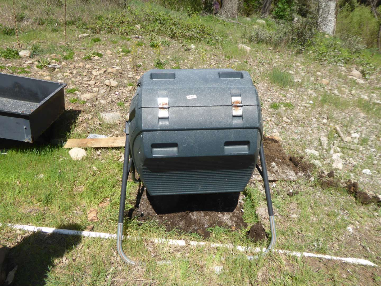 Lot # 181 - Lifetime Composter  (main image)
