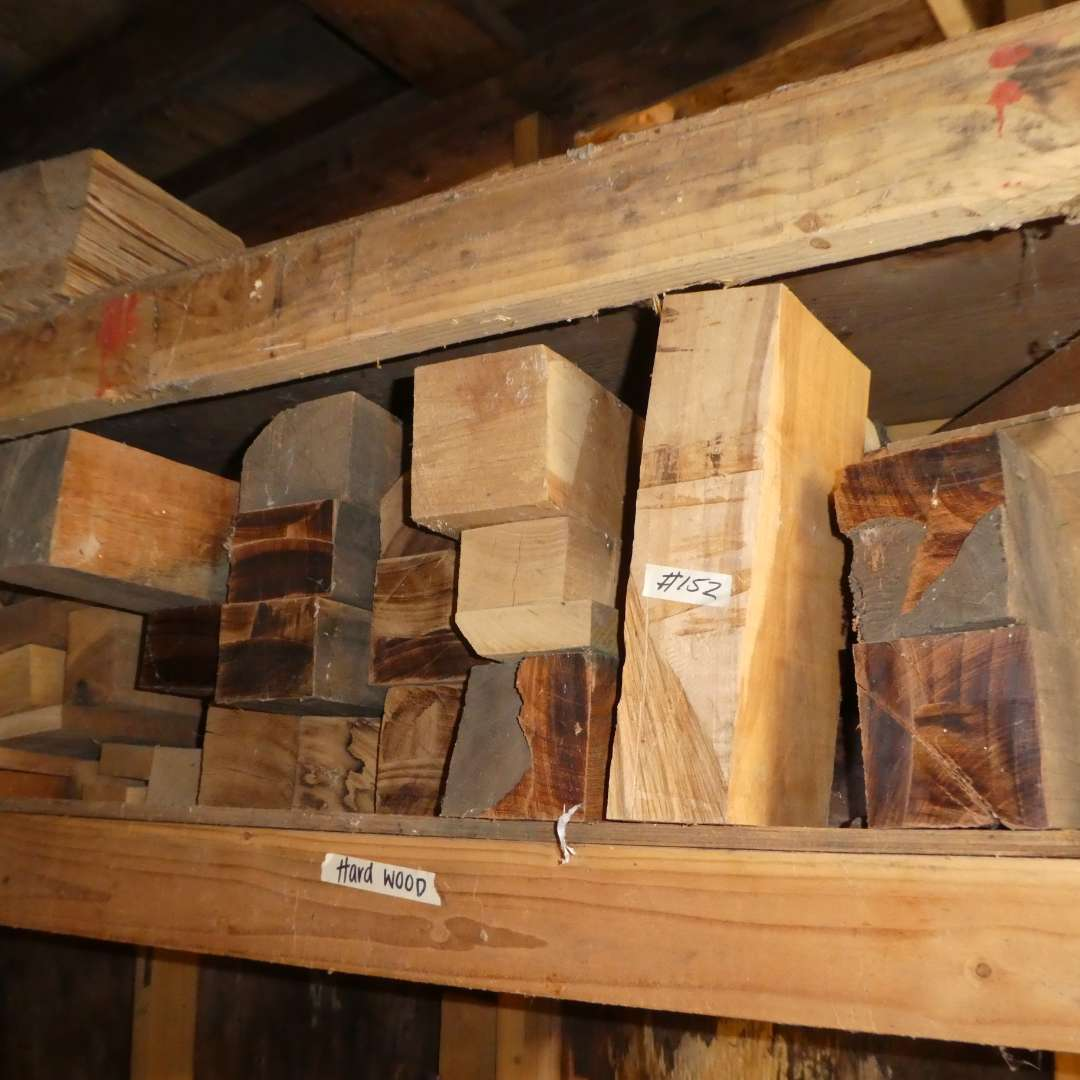 Lot # 152 -  Large Lot of Misc. Hardwood (Various Types and Sizes) (main image)