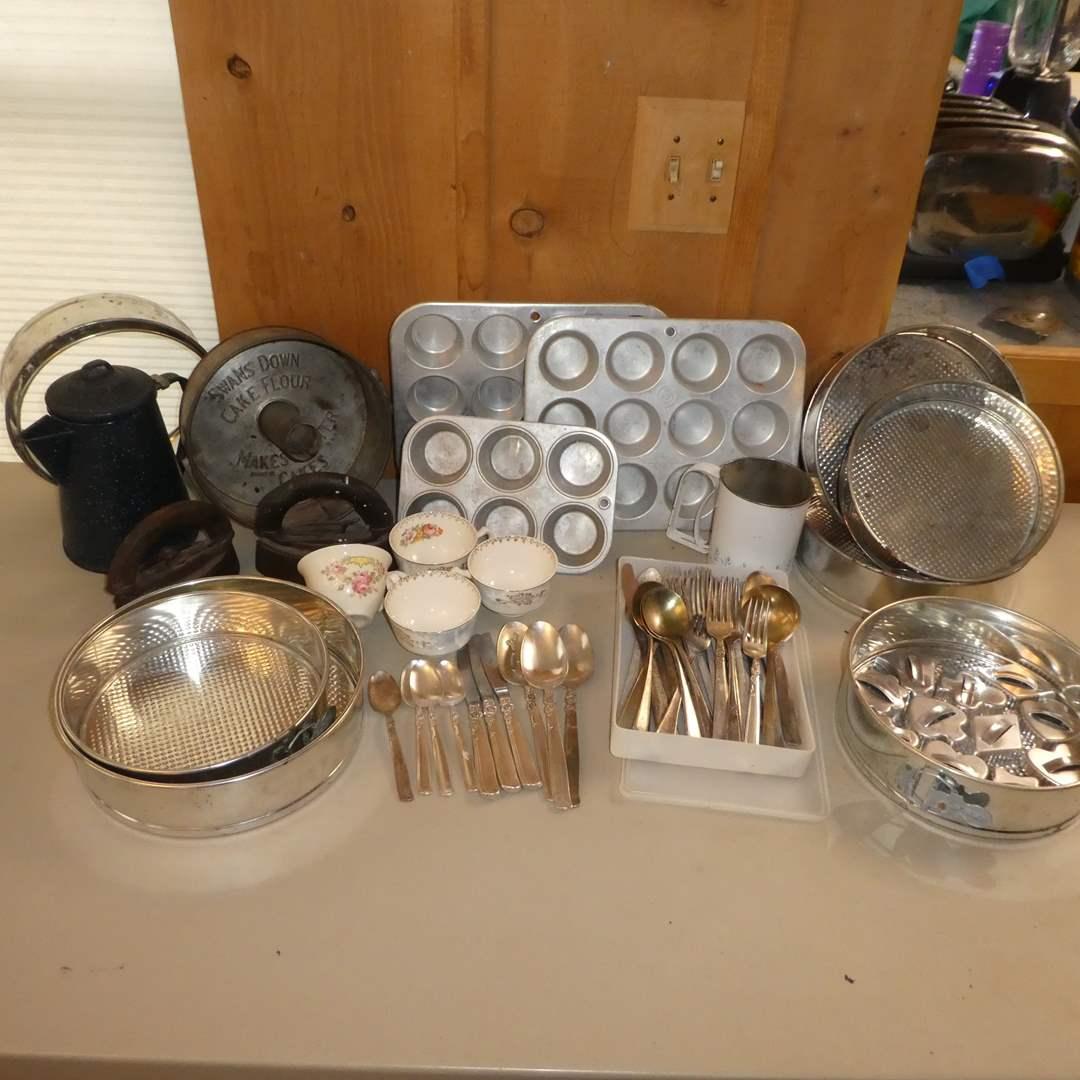 Lot # 243 - Vintage Baking Lot - (Bundt Pan, Cake Pans, Sifter, Muffin/Cupcake Pans and More) (main image)