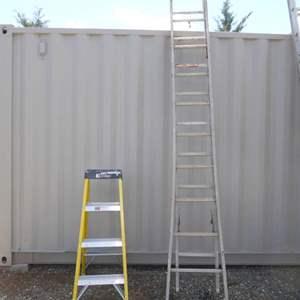 Auction Thumbnail for: Lot # 34 - 18' Aluminum Extension Ladder & 4' Fiberglass Step Ladder